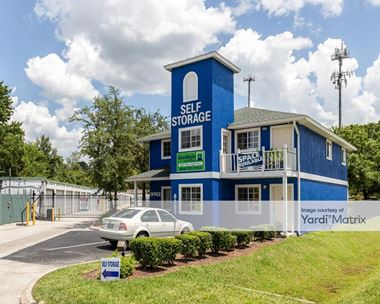 Storage Units for Rent available at 8285 Western Way Circle, Jacksonville, FL 32256 Photo Gallery 1