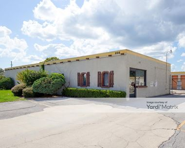 Storage Units for Rent available at 996 Blanding Blvd, Orange Park, FL 32065 Photo Gallery 1