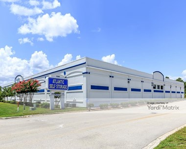 Storage Units for Rent available at 5285 Shad Road, Jacksonville, FL 32257 Photo Gallery 1