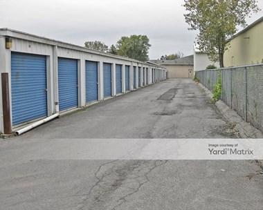 Storage Units for Rent available at 8226 Brewerton Road, Cicero, NY 13039 Photo Gallery 1