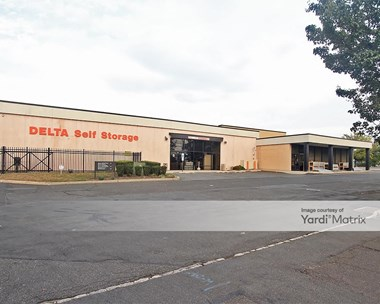 Storage Units for Rent available at 69 New Hook Road, Bayonne, NJ 07002 Photo Gallery 1