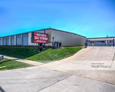 Storage Units for Rent available at 8901 Stewart Road, Galveston, TX 77554 Photo Gallery 1