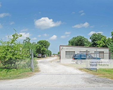 Storage Units for Rent available at 2911 California Street, Dickinson, TX 77539 Photo Gallery 1