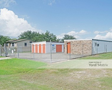 Storage Units for Rent available at 3300 G 1/2 Avenue, Santa Fe, TX 77510 Photo Gallery 1