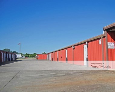 Storage Units for Rent available at 1350 Highway 3 South, League City, TX 77573 Photo Gallery 1