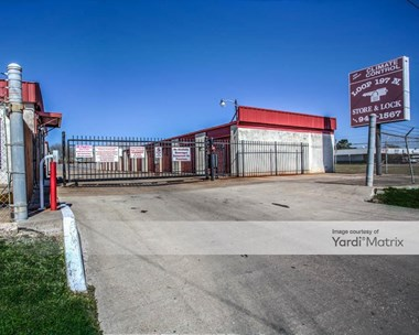 Storage Units for Rent available at 1910 25th Avenue North, Texas City, TX 77590 Photo Gallery 1