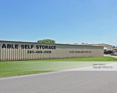 Storage Units for Rent available at 17215 Pearland Sites Road, Pearland, TX 77584 Photo Gallery 1