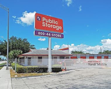 Storage Units for Rent available at 1814 Lake Worth Road, Lake Worth, FL 33461 Photo Gallery 1