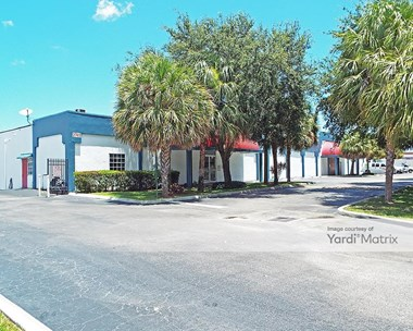 Storage Units for Rent available at 2745 Lake Worth Road, Lake Worth, FL 33461 Photo Gallery 1
