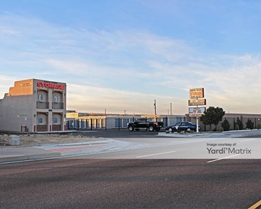 Storage Units for Rent available at 615B Coors Blvd NW, Albuquerque, NM 87121 Photo Gallery 1