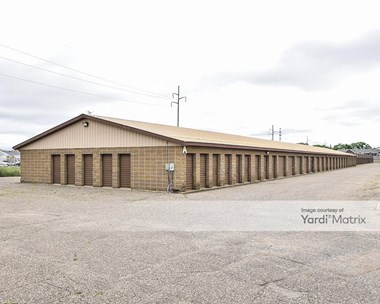 Storage Units for Rent available at 408 37Th Avenue, St Cloud, MN 56303 Photo Gallery 1
