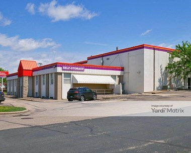 Storage Units for Rent available at 9033 Lyndale Avenue South, Bloomington, MN 55420 Photo Gallery 1