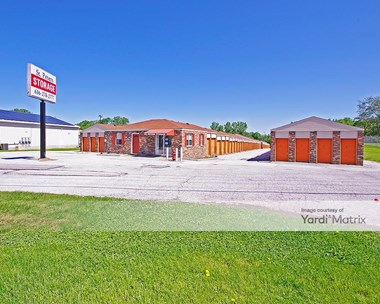Storage Units for Rent available at 101 North Service Road, St Peters, MO 63376 Photo Gallery 1