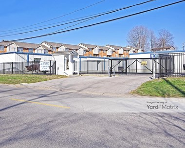 Storage Units for Rent available at 700 Johnson Hill Road, Collinsville, IL 62234 Photo Gallery 1