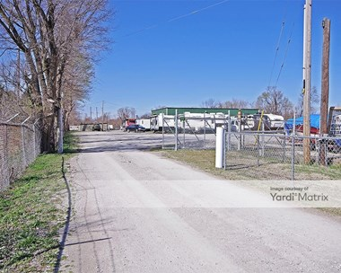 Storage Units for Rent available at 2611 Mockingbird Lane, Granite City, IL 62040 Photo Gallery 1