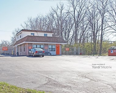 Storage Units for Rent available at 12120 Dorsett Road, Maryland Heights, MO 63043 Photo Gallery 1