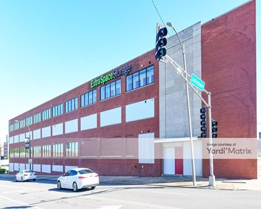 Storage Units for Rent available at 725 North 23rd Street, St Louis, MO 63103 Photo Gallery 1