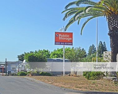 Storage Units for Rent available at 5045 North Gates Avenue, Fresno, CA 93722 Photo Gallery 1