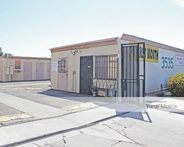 Storage Units for Rent available at 3535 Wilson Road, Bakersfield, CA 93309 Photo Gallery 1