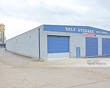 Storage Units for Rent available at 1024 South Vandeventer Avenue, St. Louis, MO 63110 Photo Gallery 1