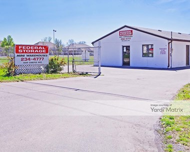 Storage Units for Rent available at 1500 Carlyle Avenue, Belleville, IL 62221 Photo Gallery 1