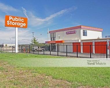 Storage Units for Rent available at 6030 North Lindbergh Blvd, Hazelwood, MO 63042 Photo Gallery 1