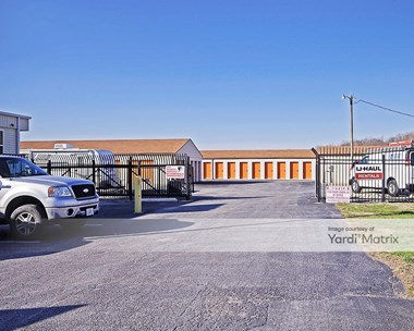Storage Units for Rent available at 1 Business Center Court, Collinsville, IL 62234 Photo Gallery 1