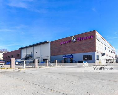 Storage Units for Rent available at 5804 Ames Avenue, Omaha, NE 68104 Photo Gallery 1
