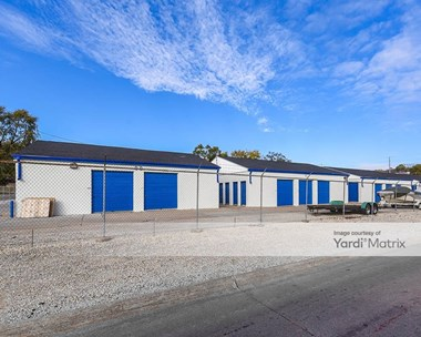 Storage Units for Rent available at 802 Cary Street, Bellevue, NE 68005 Photo Gallery 1