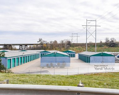 Storage Units for Rent available at 3939 South 84Th Street, Omaha, NE 68124 Photo Gallery 1