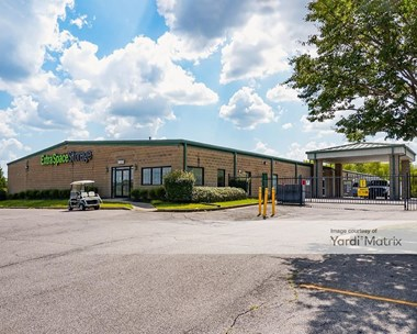 Storage Units for Rent available at 7097 Commerce Drive, Olive Branch, MS 38654 Photo Gallery 1