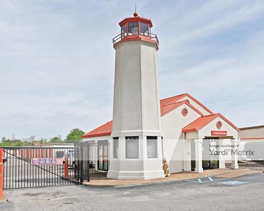 Storage Units for Rent available at 4500 Winchester Road, Memphis, TN 38118 Photo Gallery 1