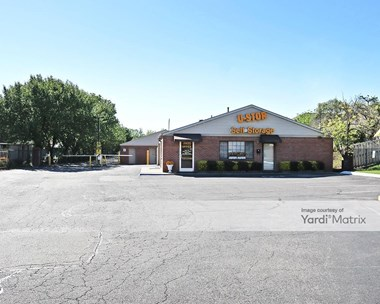 Storage Units for Rent available at 2835 Covington Pike, Memphis, TN 38128 Photo Gallery 1