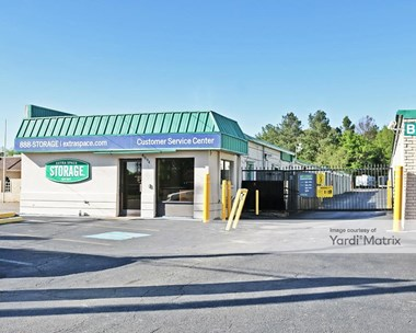 Storage Units for Rent available at 4994 Raleigh Lagrange Road, Memphis, TN 38128 Photo Gallery 1