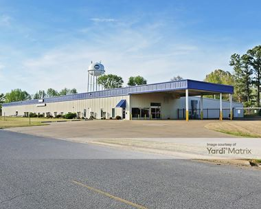 Storage Units for Rent available at 8650 Midsouth Drive, Olive Branch, MS 38654 Photo Gallery 1