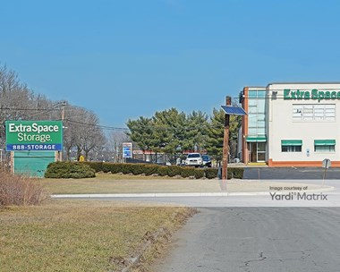 Storage Units for Rent available at 2870 Brunswick Pike, Lawrence Township, NJ 08648 Photo Gallery 1