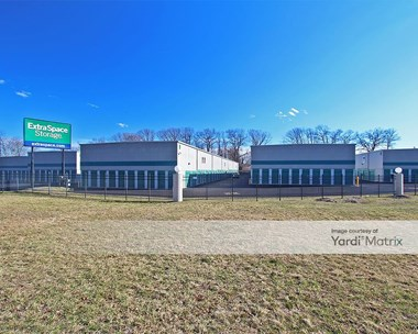 Storage Units for Rent available at 2990 Route 66, Neptune, NJ 07753 Photo Gallery 1