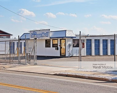 Storage Units for Rent available at 29 Flint Road, South Toms River, NJ 08757 Photo Gallery 1