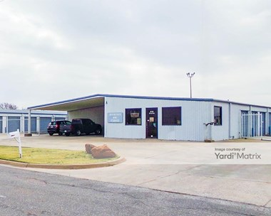 Storage Units for Rent available at 221 SE Park Avenue, Lawton, OK 73501 Photo Gallery 1