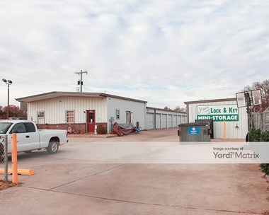 Storage Units for Rent available at 12909 East Britton Road, Jones, OK 73049 Photo Gallery 1