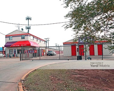Storage Units for Rent available at 2120 NW 40Th Street, Oklahoma City, OK 73112 Photo Gallery 1
