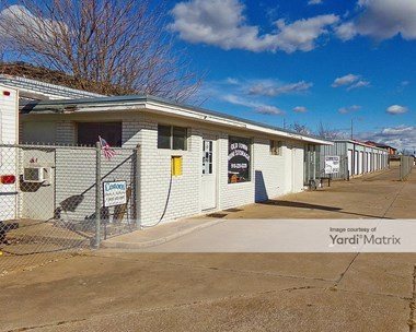 Storage Units for Rent available at 302 East Main Street, Cushing, OK 74023 Photo Gallery 1