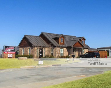 Storage Units for Rent available at 3451 NE 12Th Avenue, Norman, OK 73071 Photo Gallery 1