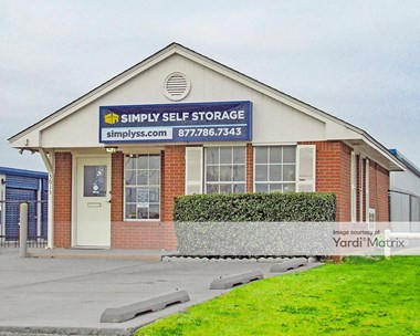 Storage Units for Rent available at 3015 North Service Road, Moore, OK 73160 Photo Gallery 1