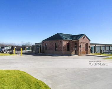 Storage Units for Rent available at 2200 Weedn Blvd, Purcell, OK 73080 Photo Gallery 1