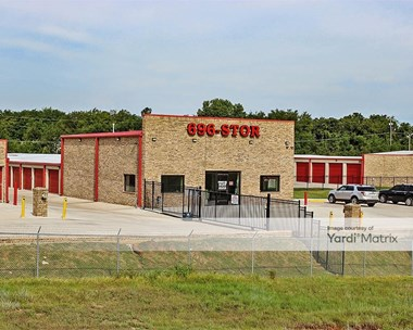 Storage Units for Rent available at 6401 North I-35 Frontage Road, Edmond, OK 73034 Photo Gallery 1