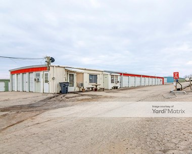 Storage Units for Rent available at 910 North 7 Highway, Independence, MO 64056 Photo Gallery 1