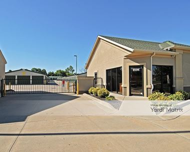 Storage Units for Rent available at 953 SE Oldham Pkwy, Lees Summit, MO 64081 Photo Gallery 1