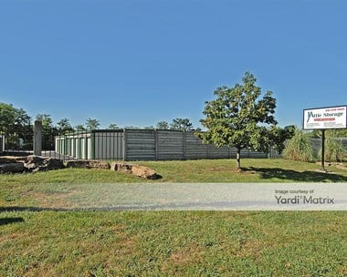 Storage Units for Rent available at 27901 East Colbern Road, Lake Lotawana, MO 64086 Photo Gallery 1