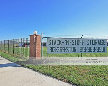 Storage Units for Rent available at 1254 Tonganoxie Road, Tonganoxie, KS 66086 Photo Gallery 1